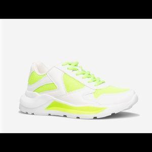 NWT Sz 10 ShoeDazzle White & Neon Yellow Sneakers